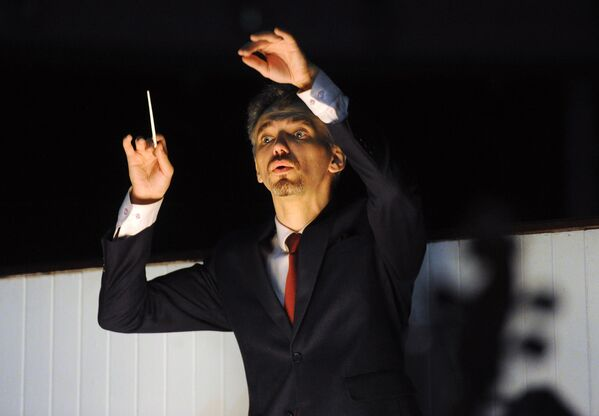 Дырыжор Уладзімір Авадок стварыў новую музычную рэдакцыю балета, захаваўшы пры гэтым арыгінальную партытуру вялікага Чайкоўскага. - Sputnik Беларусь