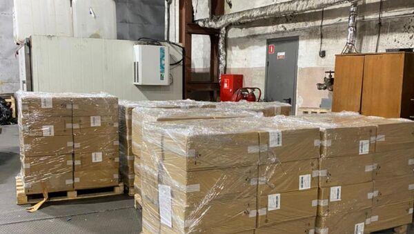 Калининградская таможня изъяла 150 тысяч пачек контрабандных сигарет из РБ - Sputnik Беларусь