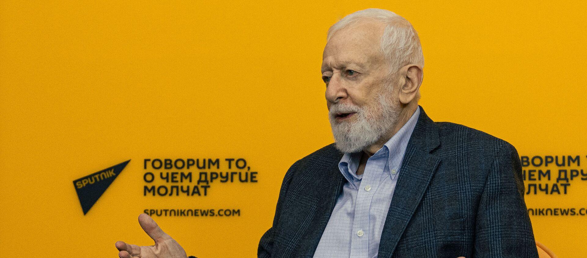 Анатолий Альштейн, вирусолог, доктор медицинских наук, член Нью-Йоркской академии наук - Sputnik Беларусь, 1920, 20.04.2021