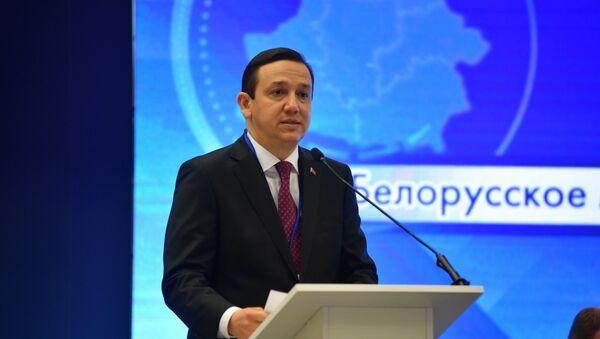 Владимир Перцов на  I Форуме медийного сообщества Беларуси - Sputnik Беларусь