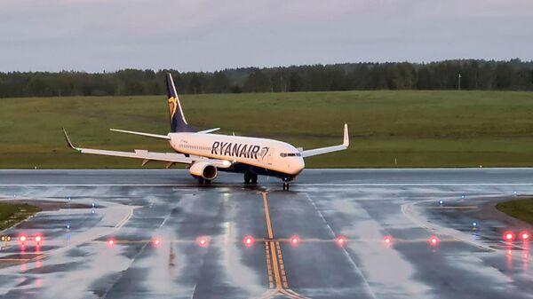 Самолет Ryanair  - Sputnik Беларусь
