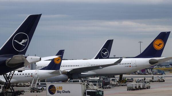 Самолеты немецкой авиакомпании Lufthansa - Sputnik Беларусь