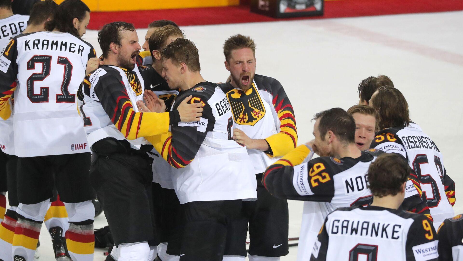 Хоккеисты сборной Германии на ЧМ в Риге - Sputnik Беларусь, 1920, 03.06.2021