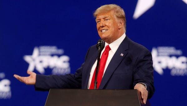 Бывший президент США Дональд Трамп - Sputnik Беларусь