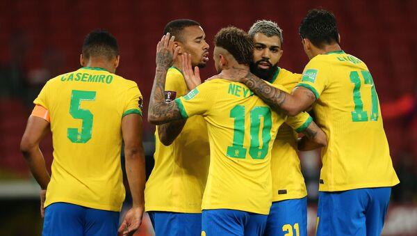 Футболисты сборной Бразилии - Sputnik Беларусь
