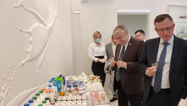 Посол России в Беларуси Евгений Лукьянов во время визита в Брест - Sputnik Беларусь