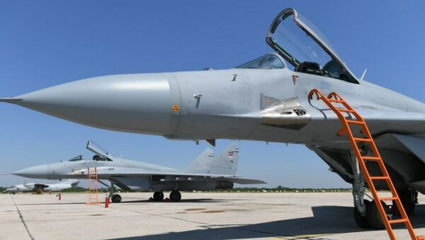 Беларусь передала МиГ-29 военно-воздушным силам Сербии - Sputnik Беларусь