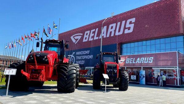 Трактары МТЗ на выставе Белагра - Sputnik Беларусь