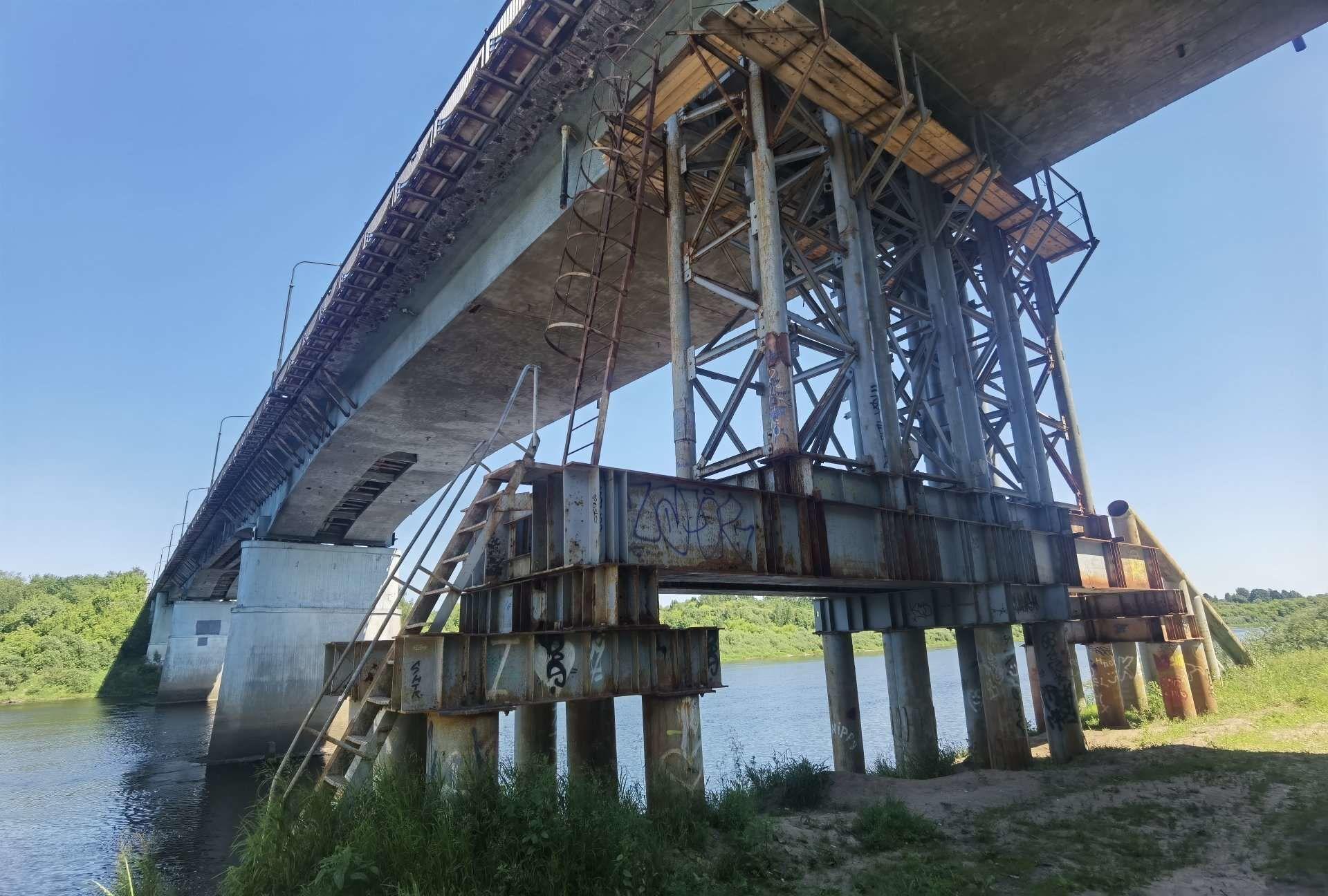 Опора была установлена под мостом в 2018 году  - Sputnik Беларусь, 1920, 29.06.2021