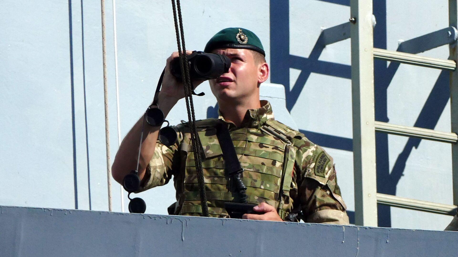 Военнослужащий на палубе эсминца Duncan ВМФ Великобритании - Sputnik Беларусь, 1920, 23.09.2021
