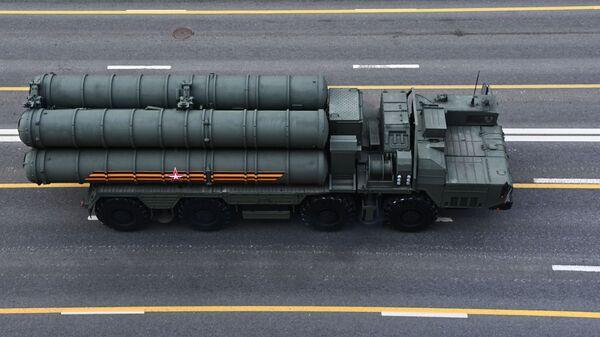 Зенитный ракетный комплекс С-400 Триумф  - Sputnik Беларусь