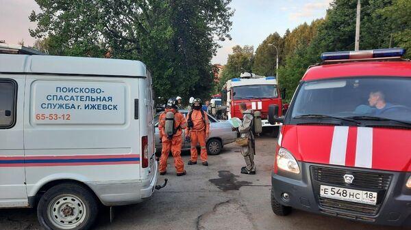 Спасатели МЧС РФ на месте ЧП - Sputnik Беларусь