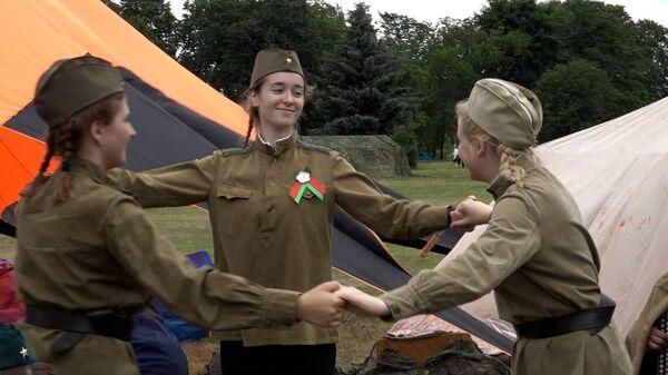 Дзень Незалежнасці: Лукашэнка на мітынгу ля Кургана Славы - відэа - Sputnik Беларусь