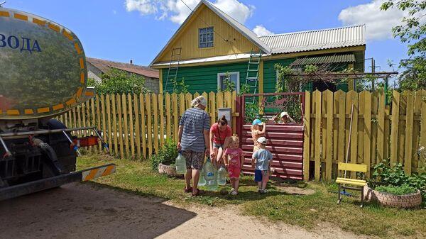Как деревня под Минском полгода выживала без питьевой воды - Sputnik Беларусь