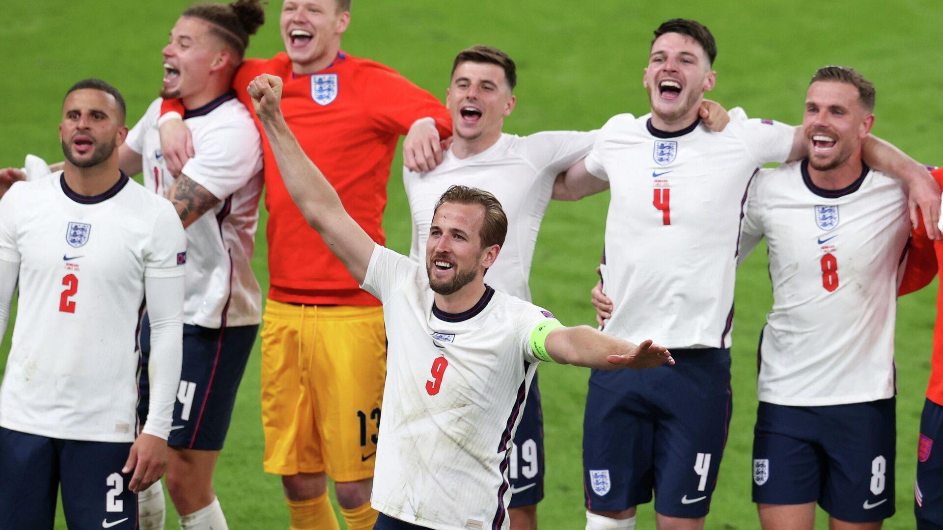 Сборная Англии празднует победу в полуфинале Евро - 2020 - Sputnik Беларусь, 1920, 08.07.2021