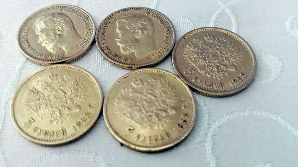 Таможня пресекла ввоз в Беларусь золотых монет и драгоценностей  - Sputnik Беларусь