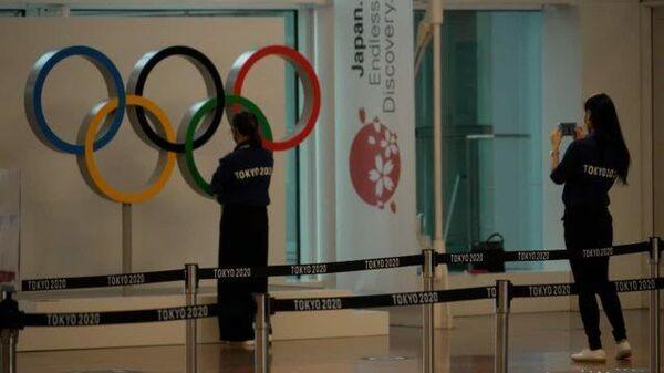 Спортсмены прибывают в Токио перед Олимпийскими играми - Sputnik Беларусь