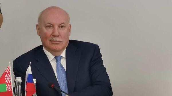 Госсекретарь Союзного государства Дмитрий Мезенцев в Витебске  - Sputnik Беларусь