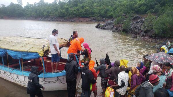В Индии сильнейшее наводнение унесло жизни более сотни человек - Sputnik Беларусь