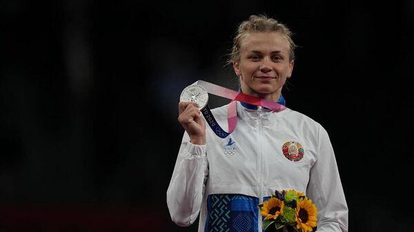 Незвычайная трэніроўка срэбнай медалісткі Ірыны Курачкінай - відэа - Sputnik Беларусь