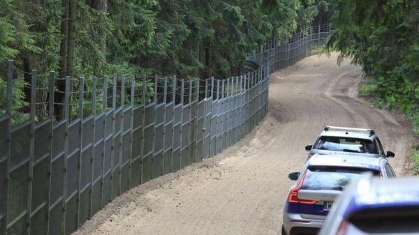 Будет бунт? Эксперт оценил последствия кризиса на границе для Беларуси и Литвы - Sputnik Беларусь