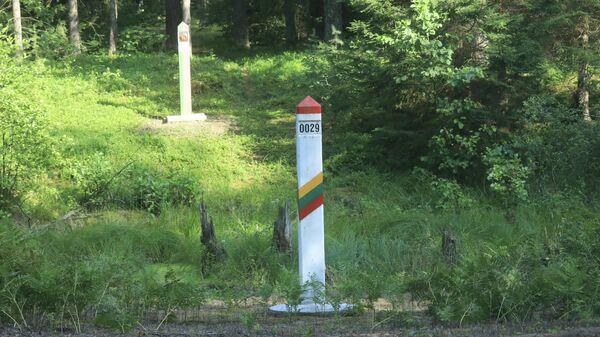 Пограничный столб на литовско-белорусской границе - Sputnik Беларусь