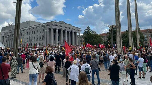 С места событий: о беспорядках в Литве и ситуации с мигрантами - Sputnik Беларусь