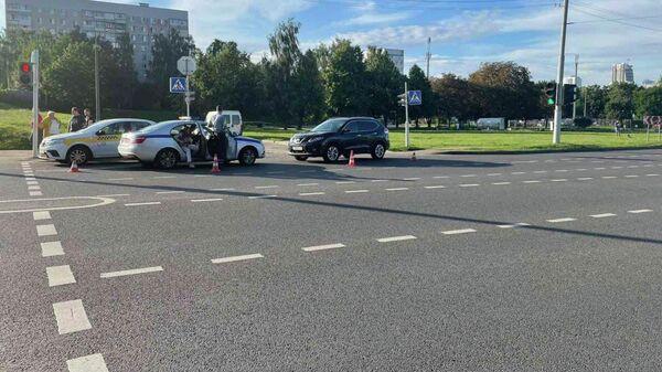 В Минске женщина на Nissan сбила пятилетнего мальчика  - Sputnik Беларусь
