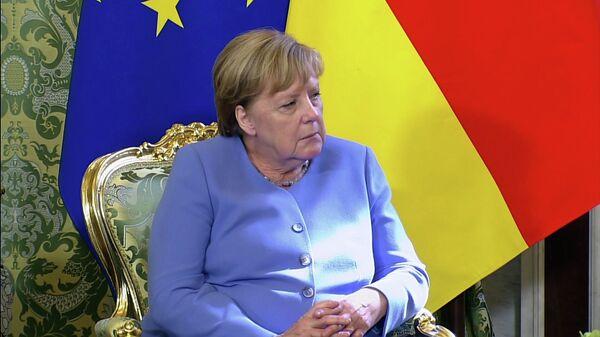 Меркель отклонила звонок во время переговоров с Путиным - Sputnik Беларусь
