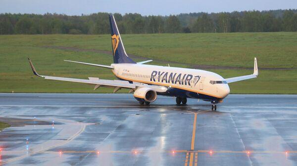 Самалёт Ryanair - Sputnik Беларусь
