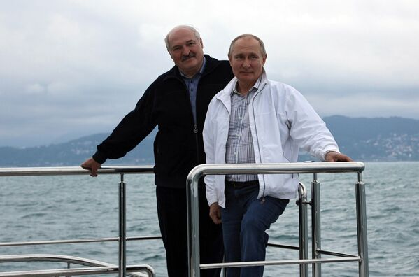 Президент РФ В. Путин и президент Беларуси А. Лукашенко совершили морскую прогулку - Sputnik Беларусь