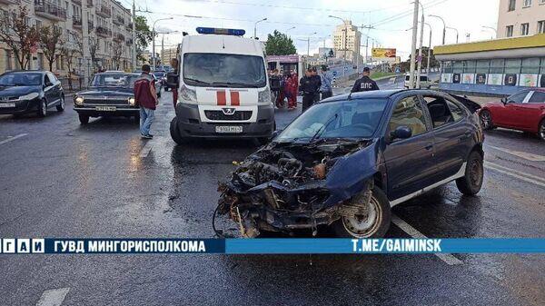 Авария на улице Московской в Минске - Sputnik Беларусь