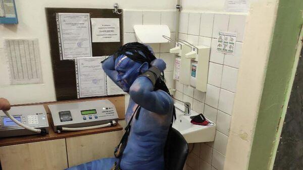 Пьяный Аватар в отделении ГАИ в Минске - Sputnik Беларусь