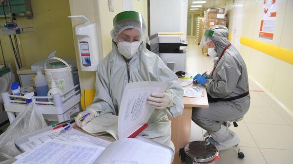 Лечение больных с COVID-19  - Sputnik Беларусь