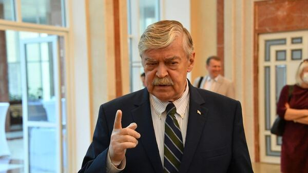 Посол РФ в Беларуси Евгений Лукьянов - Sputnik Беларусь
