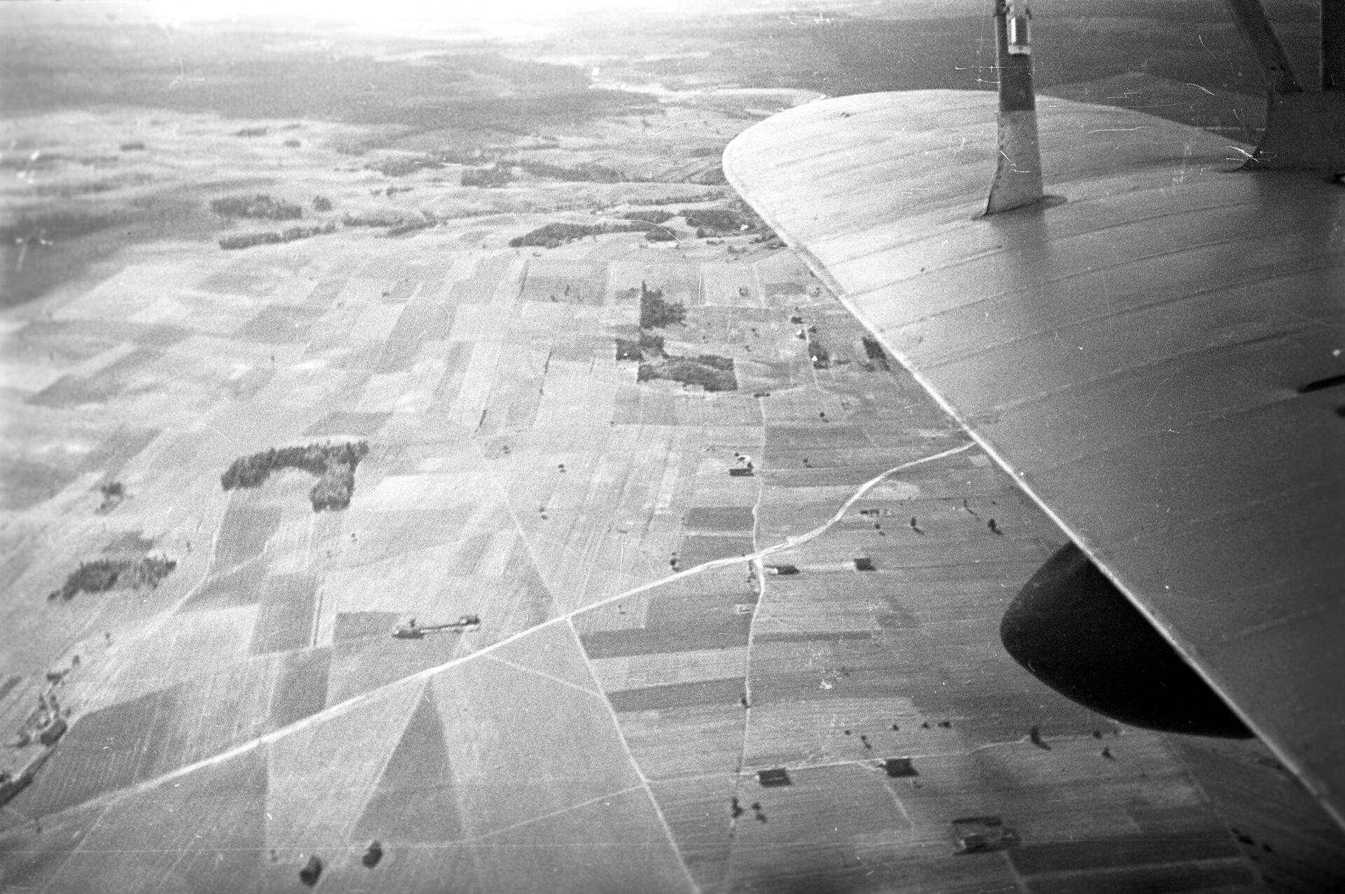 Крестьянские поля Западной Беларуси в 1939 году. Съемка с самолета - Sputnik Беларусь, 1920, 17.09.2021