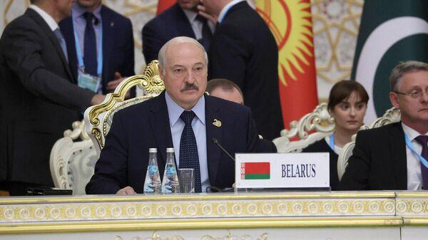 Аляксандр Лукашэнка на саміце ШАС у Душанбэ - Sputnik Беларусь