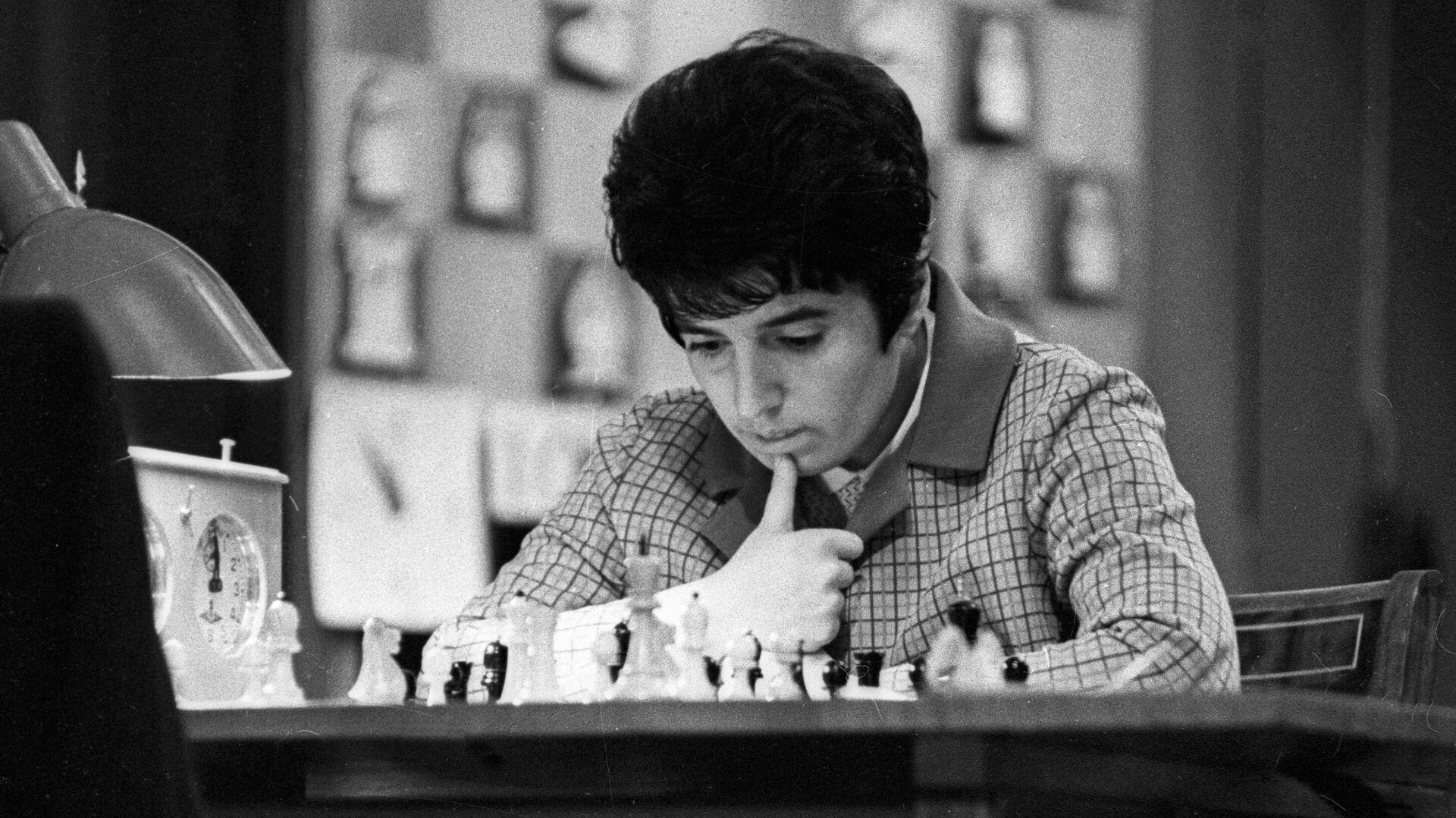 Чемпионка мира по шахматам Нона Гаприндашвили. - Sputnik Беларусь, 1920, 17.09.2021