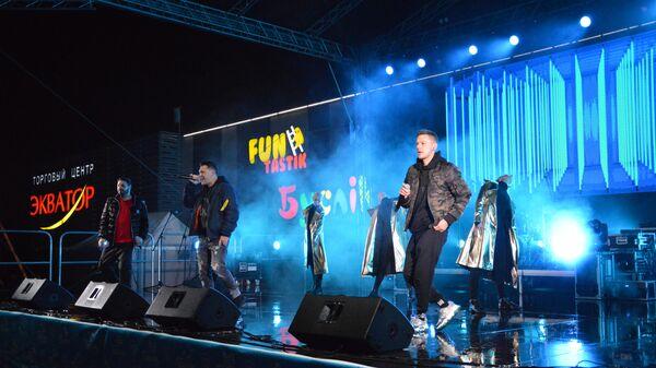 Группа Корни выступила в Бресте - Sputnik Беларусь