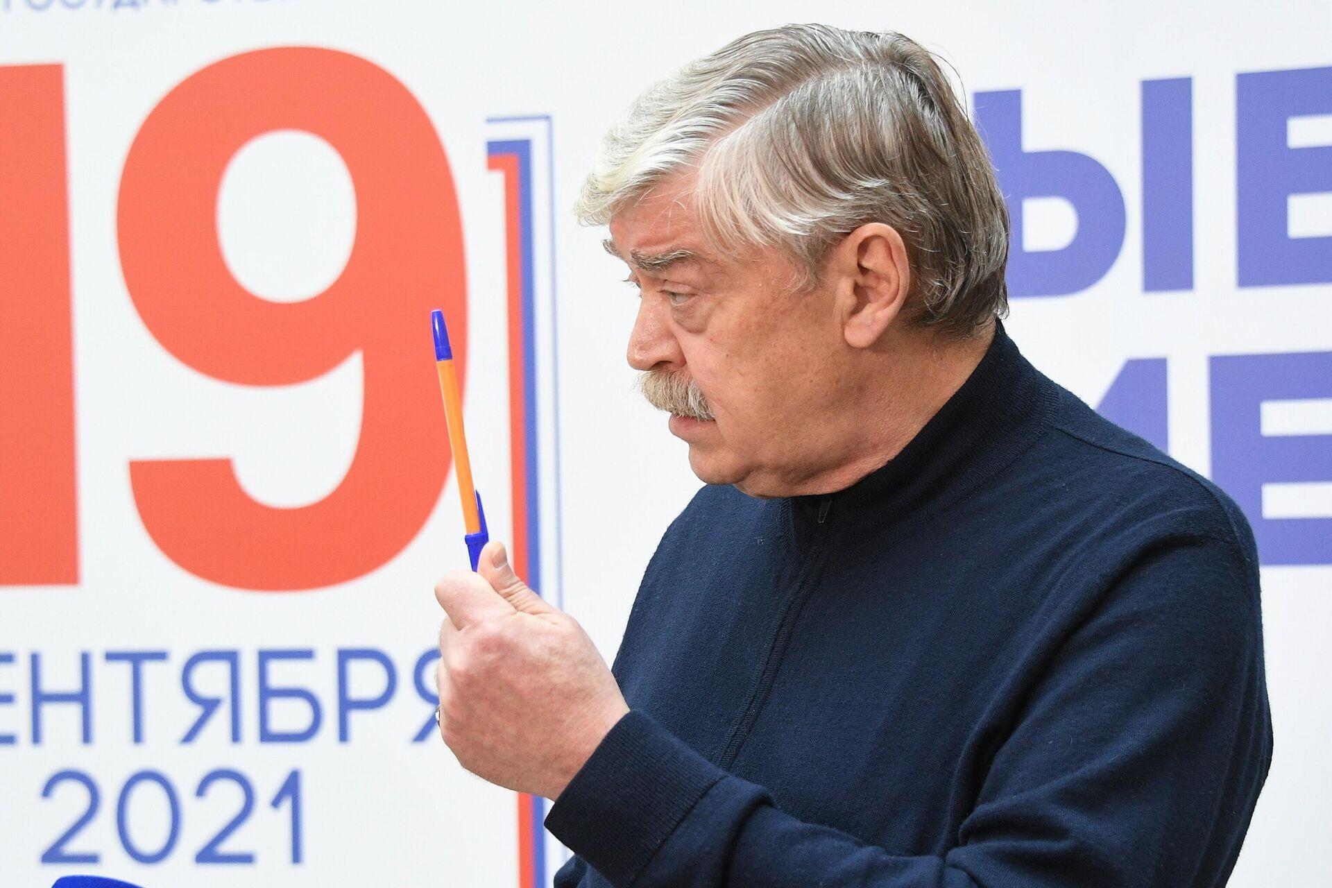 Посол РФ в Беларуси Евгений Лукьянов - Sputnik Беларусь, 1920, 19.09.2021
