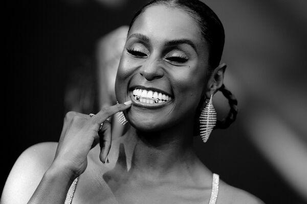 """Исса Рэй - звезда сериала """"Белая ворона"""", в этом году была номинирована как лучшая приглашенная актриса в сериале """"Дамы шутят по-черному"""". - Sputnik Беларусь"""
