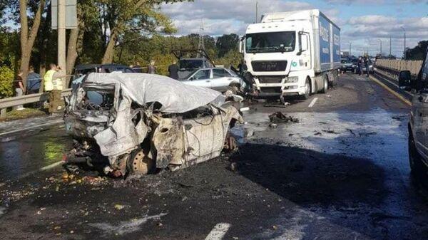 Машина сгорела на МКАД - Sputnik Беларусь
