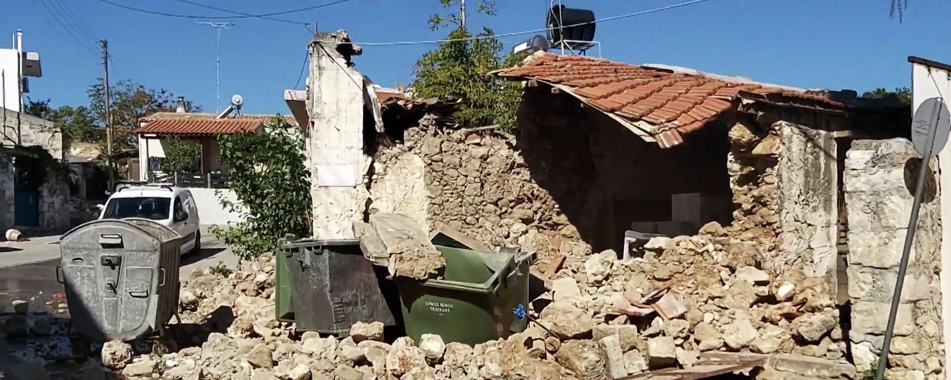 В сети появились кадры последствий землетрясения в Греции – видео  - Sputnik Беларусь, 1920, 27.09.2021