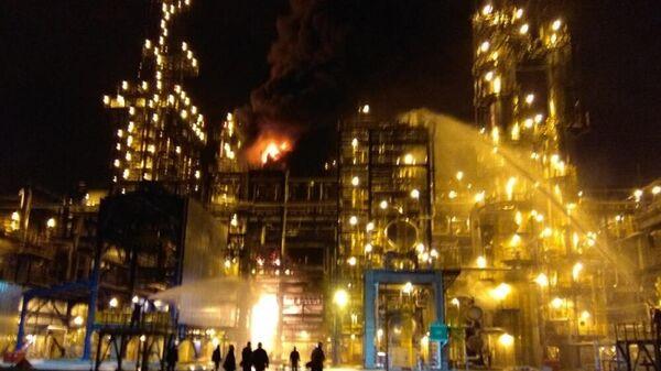 Пожар на Нафтане - Sputnik Беларусь
