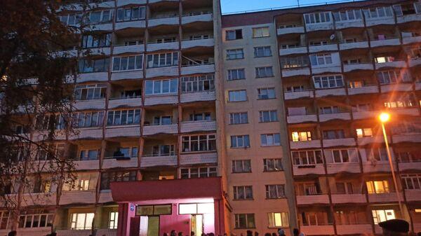 Пожар в общежитии в Минске: эвакуировали 300 человек - Sputnik Беларусь