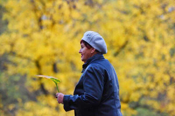 День пожилых людей в Беларуси ежегодно отмечается 1 октября. В этот же день аналогичный праздник отмечает мировое сообщество. - Sputnik Беларусь