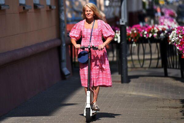 Нынешнее поколение пенсионеров, конечно, куда более активное, нежели предыдущее, стереотипно скучающее на лавочках возле подъезда. - Sputnik Беларусь