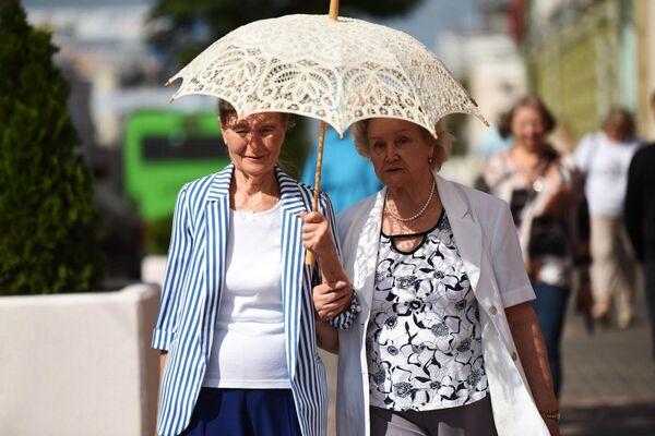 Согласно последней классификации ВОЗ, до 45 лет длится молодость, до 59 — зрелость, до 74 — время пожилых людей. И только потом наступают старость и долголетие. - Sputnik Беларусь