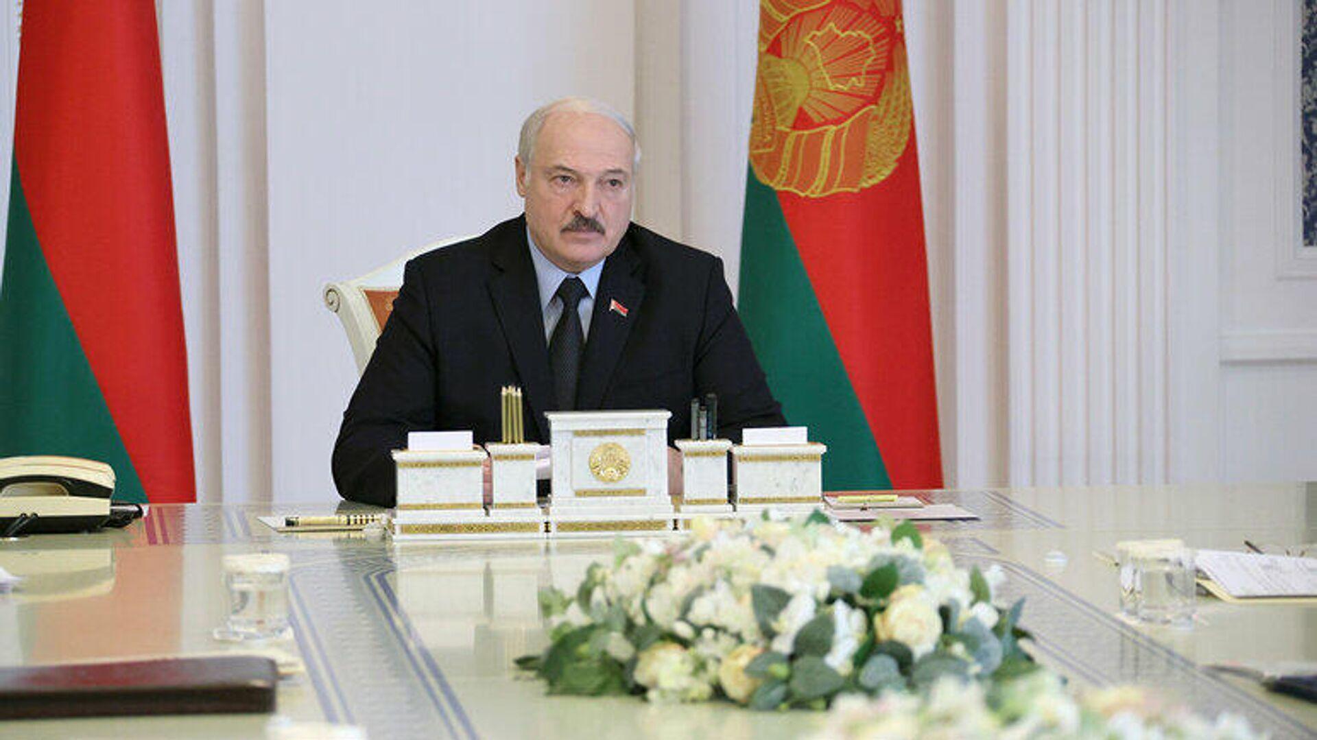Лукашенко раскрыл подробности гибели сотрудника КГБ - Sputnik Беларусь, 1920, 01.10.2021