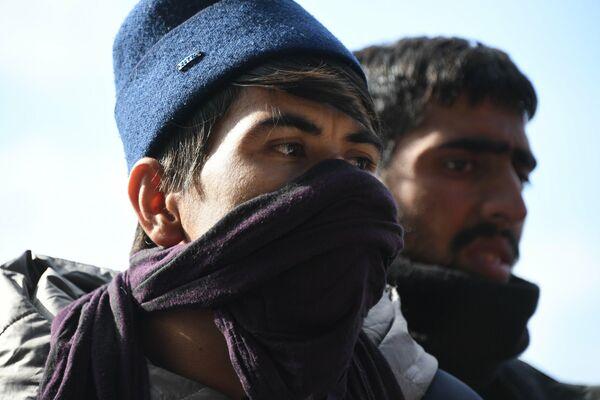 """""""Мы здесь медленно умираем"""", - говорят о своей нелегкой жизни беженцы из Афганистана. - Sputnik Беларусь"""